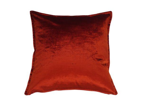 Kussenhoes met platte piping en rits gemaakt van oranje velours stof, 45x45cm.