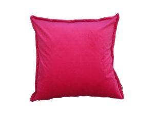 Kussenhoes met platte piping en rits gemaakt van roze velours stof, 50x50cm.