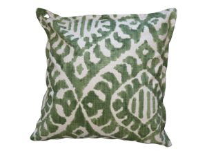 Kussenhoes met platte piping en rits, gemaakt van groen/off white stof, 55/55cm.
