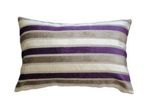 Kussenhoes met rits, gemaakt van paars/wit/beige gestreepte stof , 40x60cm.